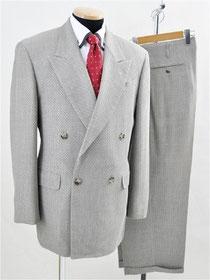 メンズティノラスのスーツ