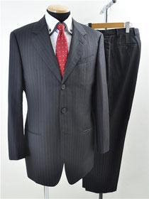 アルマーニコレッツォーニ スーツ