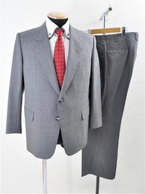 ダンヒルのスーツ