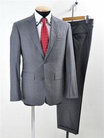ブルックスブラザーズのスーツ