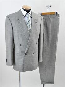 ヴェルサーチ スーツ