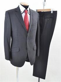 フィッチェのスーツ
