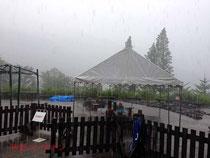 豪雨で全員退避に