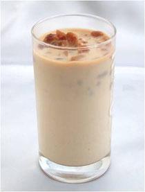 氷カフェー(コーヒーとミルク)