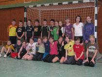Unser Bild zeigt die siegreiche Klasse 4b der  Cornelia-Funke-Schule