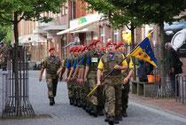 Marsch durch die Zevener Fußgängerzone 2012