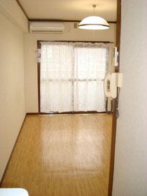 会場の事例 1Kマンションの内装