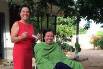 Haare schneiden im Salon Barbara