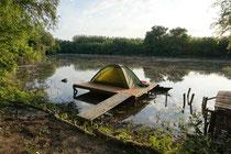 Camp an der Malý Dunaj