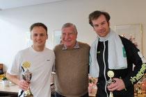 Sieger Jakunin, Oberschiedsrichter Borggräfe, Finalist Peters