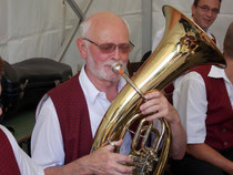Aktiv in Hayna und Hagenbach: Otto Tropf am Tenorhorn