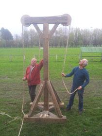 Michel et Damien testent la grue