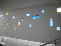 Vitraux modernes de Notre-Dame du Rosaire, Les Lilas