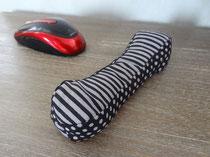 Coussin bouillotte repose poignet noir et gris