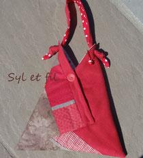 Sac à main porté épaule rouge