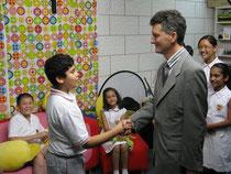 Benoit Gaudin a la PLK Camoes Primary school