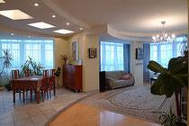 Маршала Бирюзова 32, четырехкомнатная квартира студия в аренду