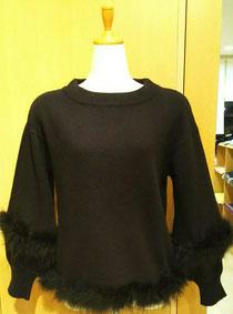 ファー付きセーター