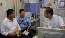 病院での通訳の様子