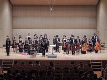 2013/10/06 川西市みつなかホールにて北大阪ユング・ゾリステン第32回定期演奏会を行いました。  多数のご来場ありがとうございました。  1年近く練習した成果を発揮し、集中した演奏を響かせることができました。