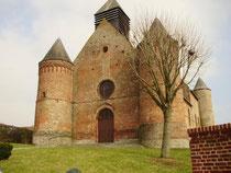 L'église Saint martin ou le Fort rouge d'Equéhéries