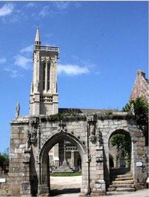 Eglise Saint Jean Baptiste (St JEAN DU DOIGT)