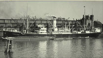 Motorfrachter HAVELLAND im Hamburger Hafen. Foto: Hans Hartz / Archiv DSM