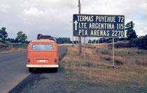 Zwischen der Grenze zu Argentinien und Punta Arenas liegen 2155 km. Was dazwischen liegt - nämlich Argentinien - existierte für Chile nicht. Gute Nachbarn eben.