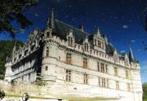Azay-le-Rideau spiegelt sich im Schlossgraben
