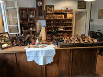 Ein Blick in die Schuhmacherei