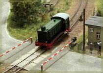 V36 am Bahnübergang