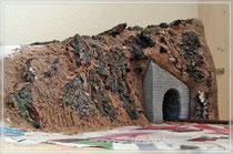 Felsen am rechten Tunnelportal
