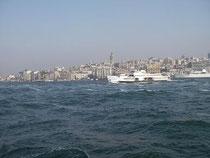Mit der Fähre übern Bosporus