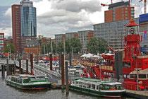 Hampurin Citysporthafen – Marinella III siellä keskellä