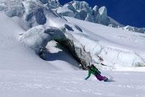 Gletscherbrüche am Rosenlauigletscher