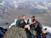 Gipfelrast auf dem Rimpfischhorn