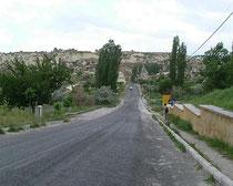 ギョレメ野外博物館への道