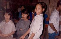 ラフー族の少女たち