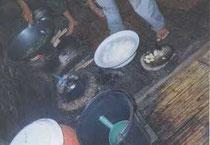 ラフー族の台所はこんな具合