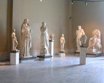 考古学博物館の展示物