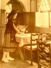 Liliane, la fille de la maison, prenait soin du décor !