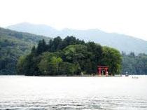 野尻個の弁天島:Benten-jima Island in Nojiri-Lake