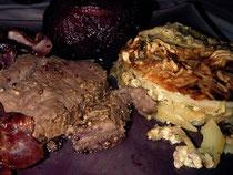 Roti de biche et poire au lard