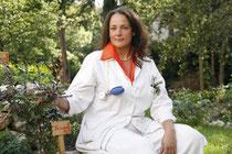 Petra Zizenbacher: Allgemeinmedizinerin, Kräuterfachfrau und Expertin für komplementäre Heilmethoden.    Foto: Zizenbacher