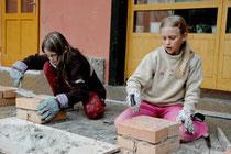 Bauen am gemeinsamen Projekt Bildungssystem heißt auch: Krankheiten vorbauen. Denn Bildung macht gesund, wie zahlreiche Studien belegen. Foto: Rudolf Steiner Landschule Schönau