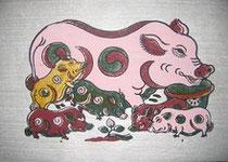 Tranh Lợn đàn ở nhà nghệ nhân Nguyễn Hữu Sam.