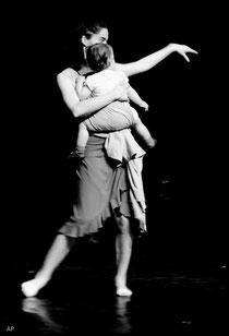Danse-Portage; danse maman bébé; mudante