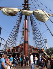 Rund zehn Jahre arbeiteten die Mitarbeiter der Bataviawerft an dem Nachbau des Handelsschiffes. Foto: Ulrichs