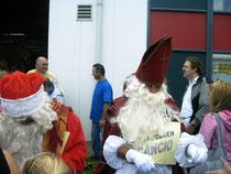 Sint en de Kerstman knipten de kaartjes