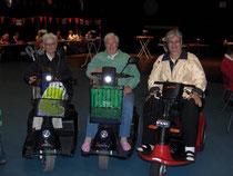 3 dames klaar voor de avondvierdaagse in Hoek van Holland